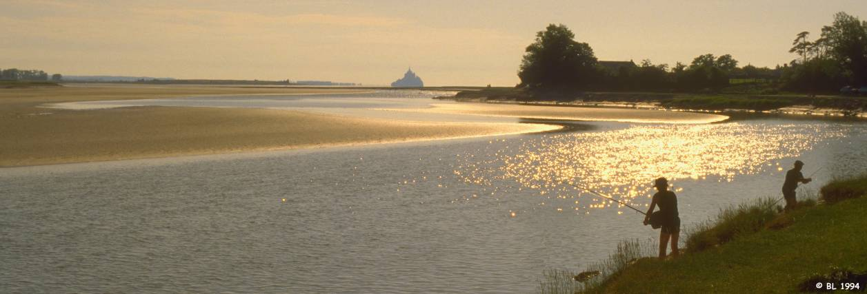 Selune river and Mont-saint-Michel
